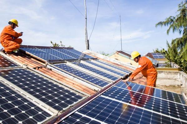 Cách tính giá mua điện của dự án điện mặt trời trên mái nhà